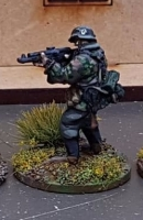New SSL02a Waffen SS in early uniforms armed with Stg44 plain helmet skirmishing