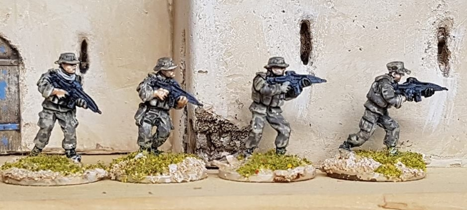 SF29 Special Forces armed with XM8 Assualt rifles
