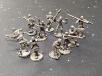 DF02 10x Post Apoc Warriors with shaved heads with mixed weapons - Army Builder