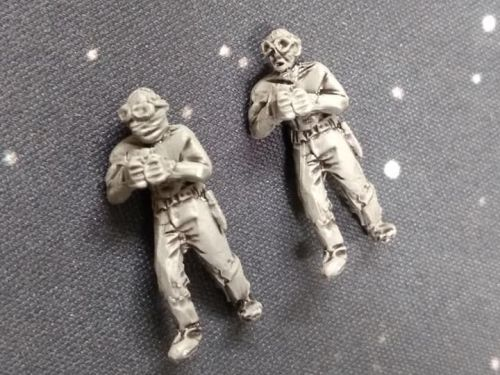 DF08 Post Apoc Vehicle crew x2. Additional Gunner(standing) goggles bald an