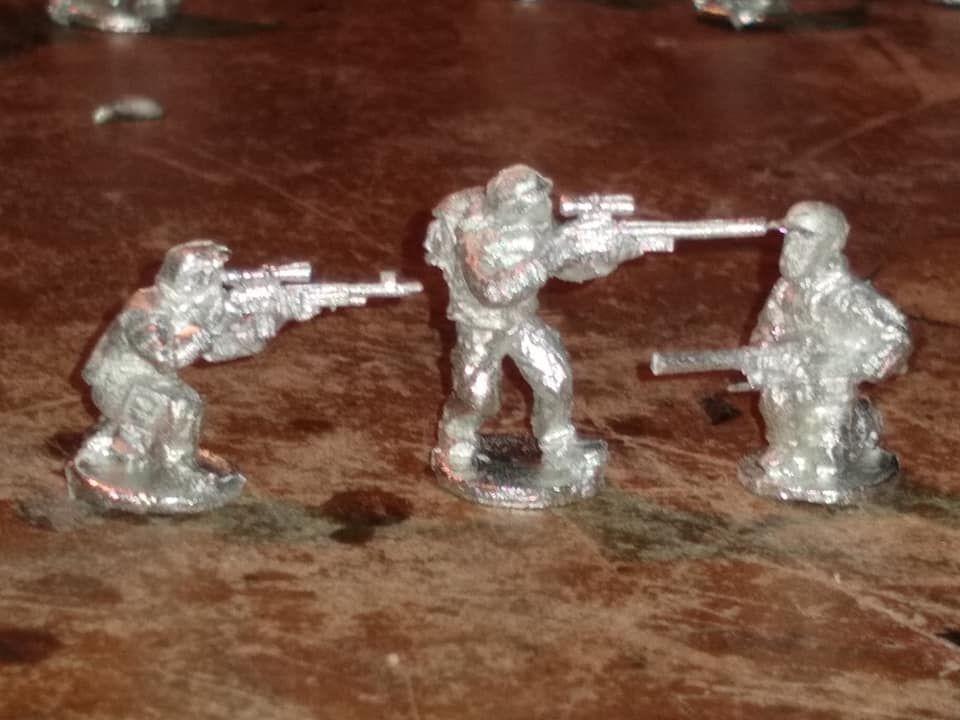 SRV27  Operators with Sniper rifles