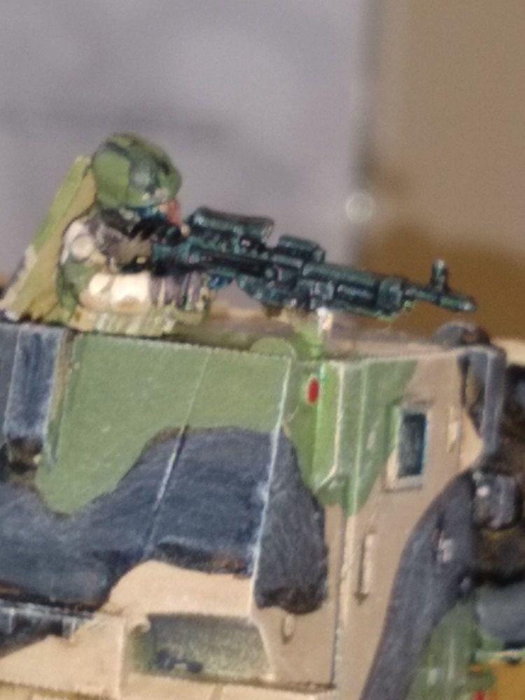 RNA07 Modern Dutch Army prone FN MAG GPMG gunner