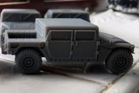 VMUS06a HMMWV M998 Early Canvas version