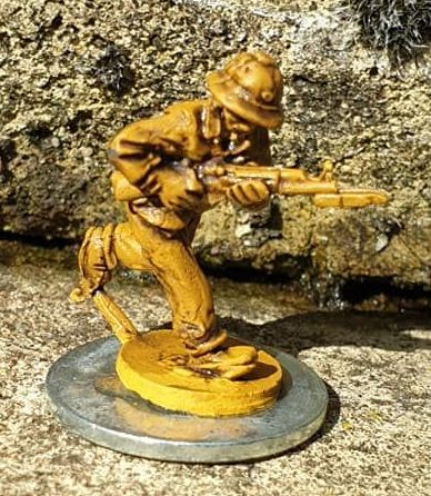 NVA19 North Vietnam Army Runner (communications) with SKS rifle