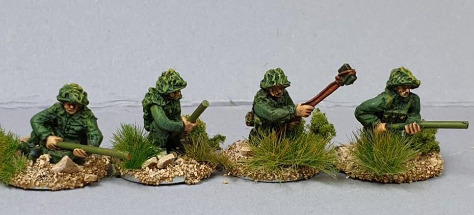 NVA17 North Vietnam Army Sappers with Bangalore torpedo, pole charge and ca