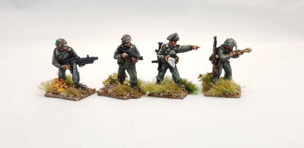 LHR05 Panzer Lehr riflemen Command.