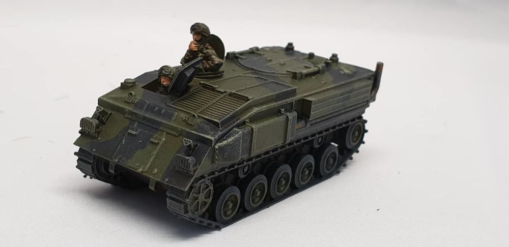 VBA03A FV432 Delux version with driver and commander hatches open (British