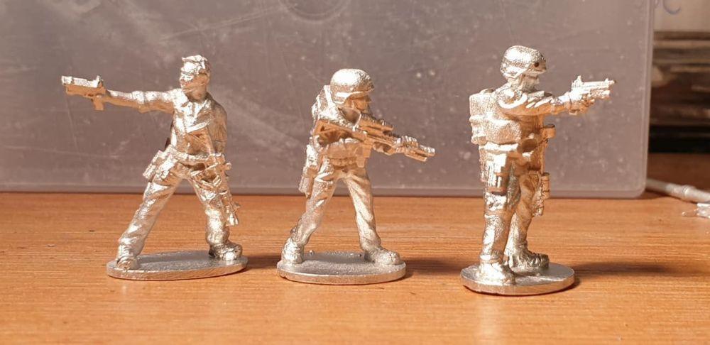 SF37 Private Military Contractors/Operators tactikool rifles and pistols