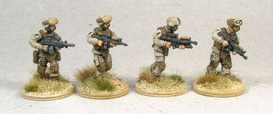 MCA02 USMC Fireteam Advancing