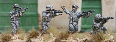 IOT03 US Army fireteam skirmishing set 2