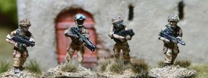 BAV01 Assault Vest Fireteam advancing