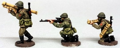 CWR18 Soviets in Y strap webbing with squad support weapons