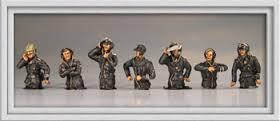 LC10 Panzer crew half figures