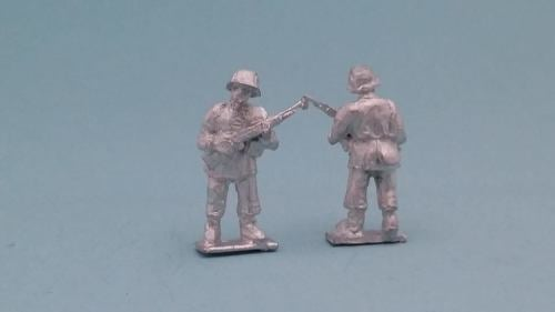LTD11 WW2 Early Waffen SS test figure with K98