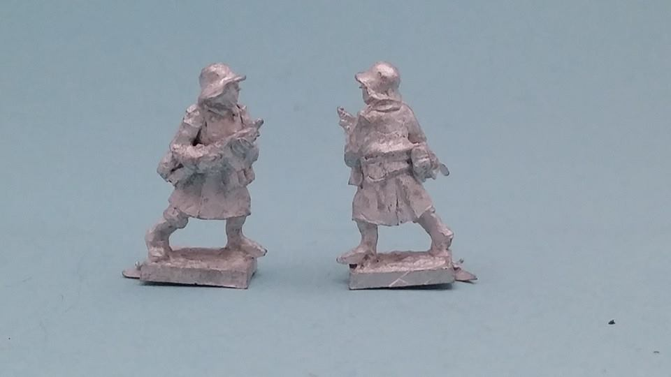 LTD14 WW2 Test German Battle of the Bulge figure with Great Coat and Thomps
