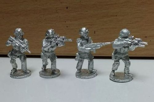 SF21 Early SF in plate carriers and SF MICH helmets fireteam