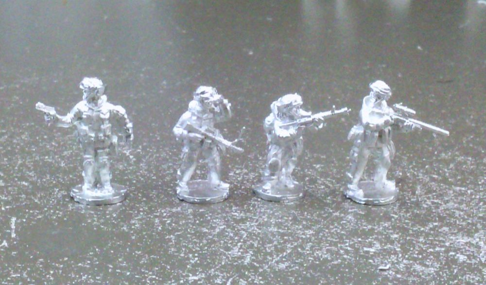MOP07 US Infantry in MOPP suits Command