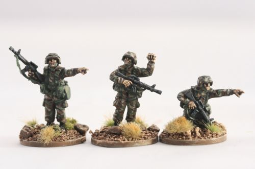 PAS06 PASGT US ARMY/USMC NCO's with M16A2