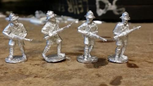 FT01 Tropic French Riflemen advancing