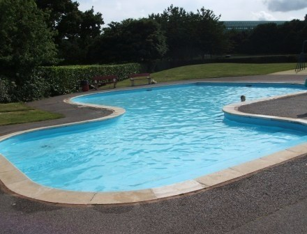 Dorset splash parks and paddling pools for Small paddling pool
