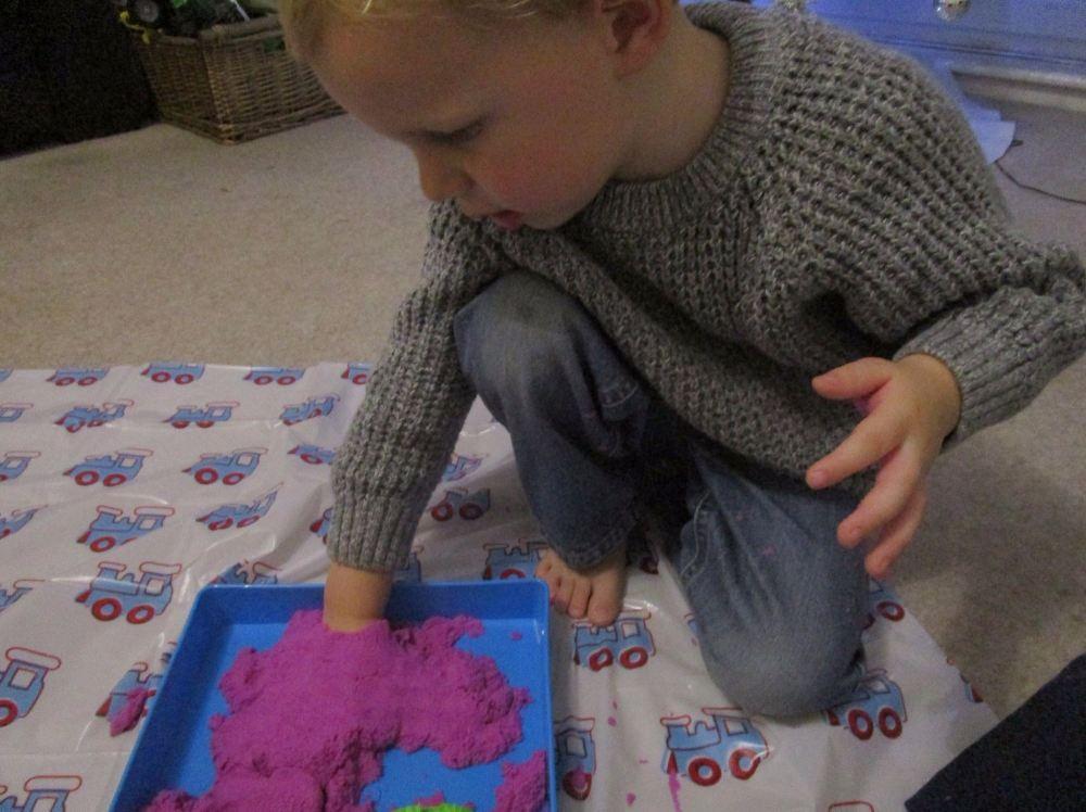 toy sand 18