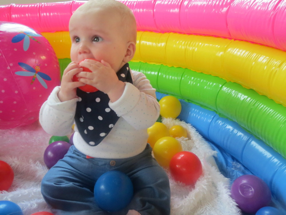 lucy baby sensory 2