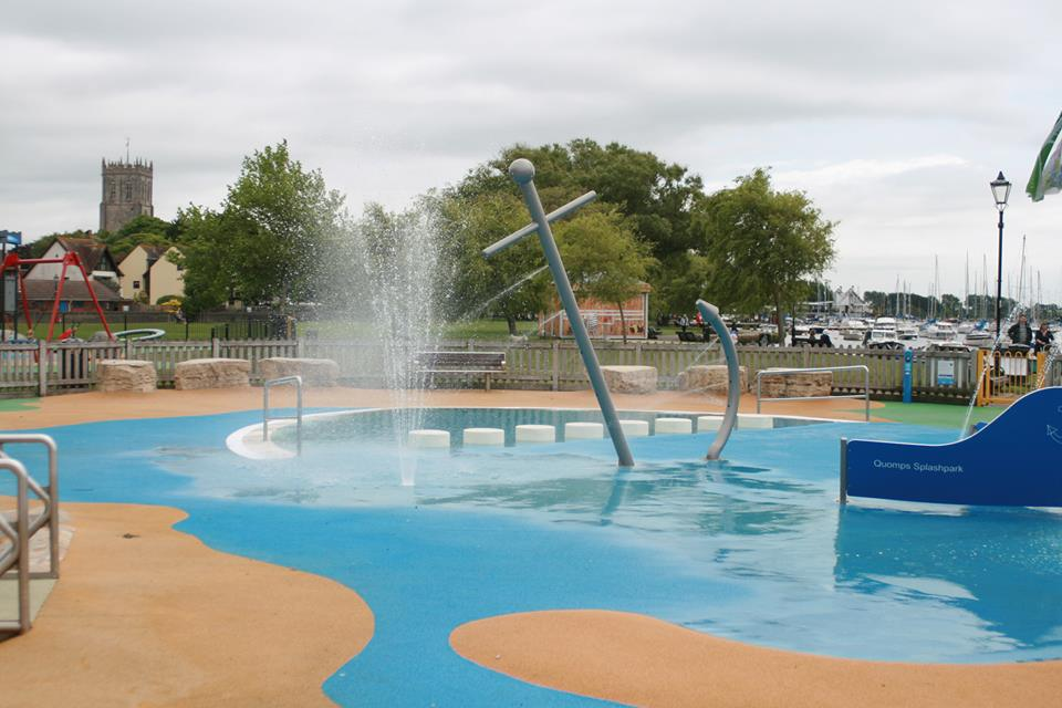 Dorset Has Some Fantastic Water Features Splash Fountains And Outdoor Paddling Pools Which All Children Love On A Hot Sunny Day