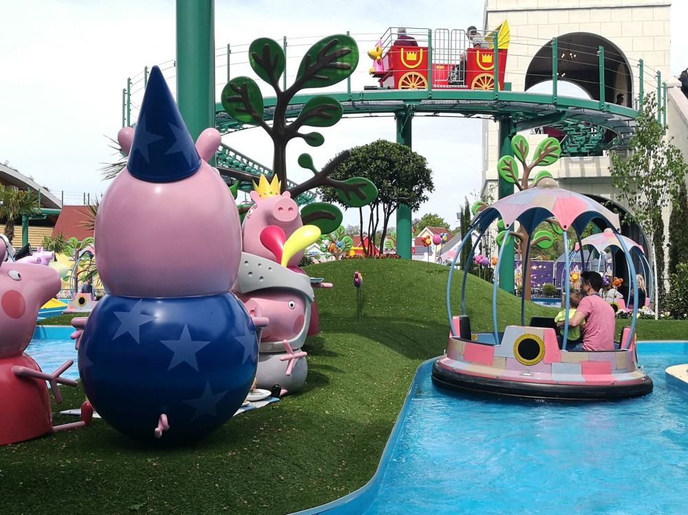 Paultons Park And The New Peppa Pig Rides Blog