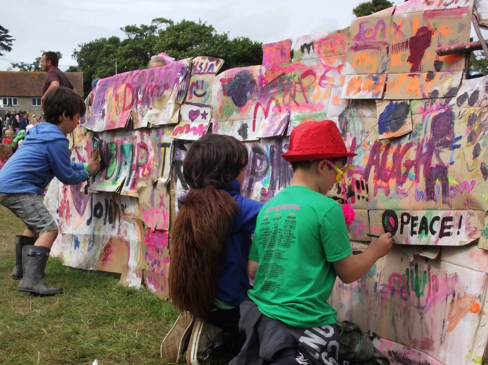 camp bestival carl 12 art