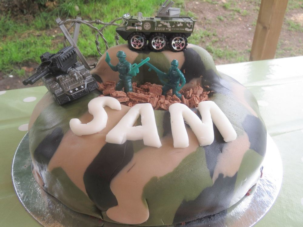 sam army cake 1
