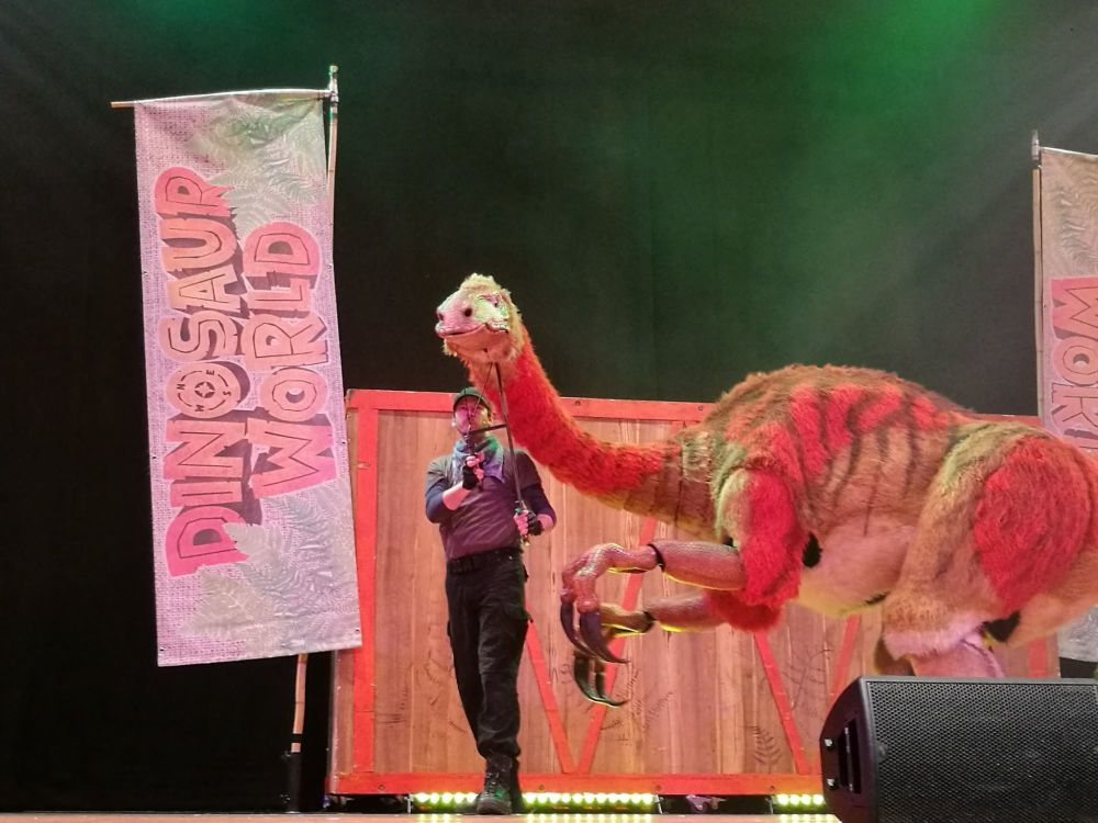 Dinosaur World Live 2
