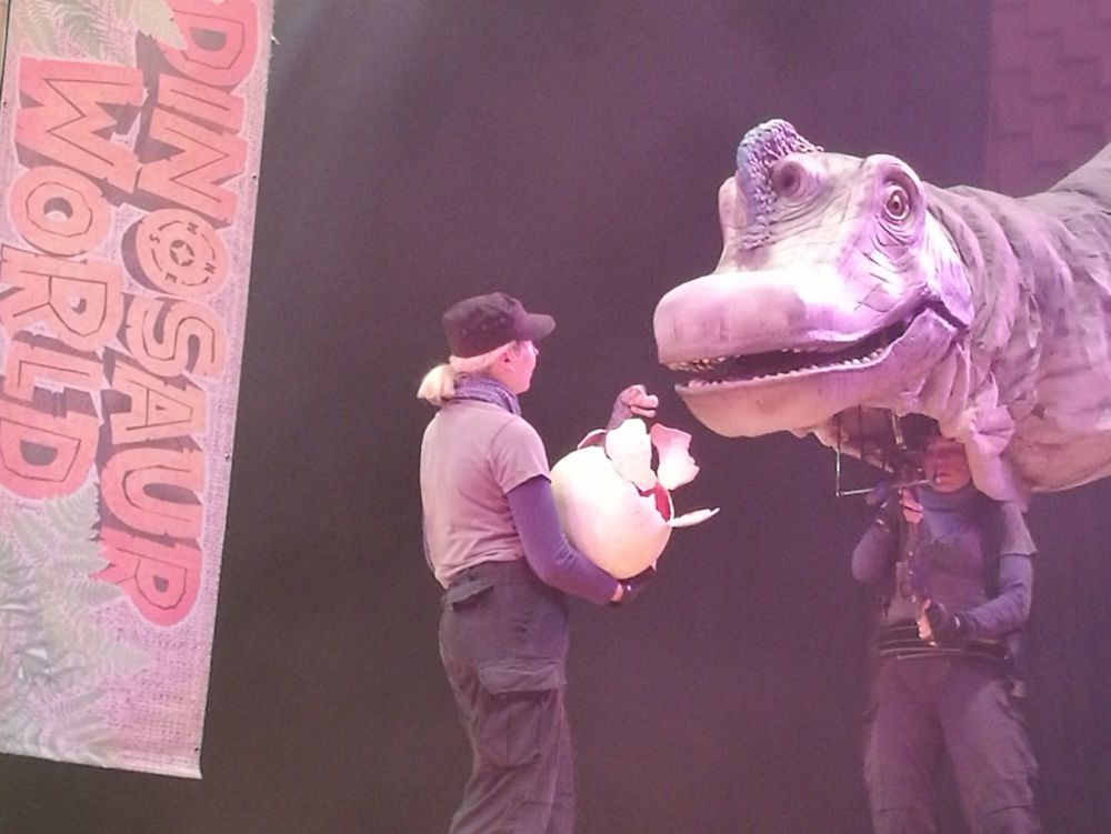Dinosaur World Live 6