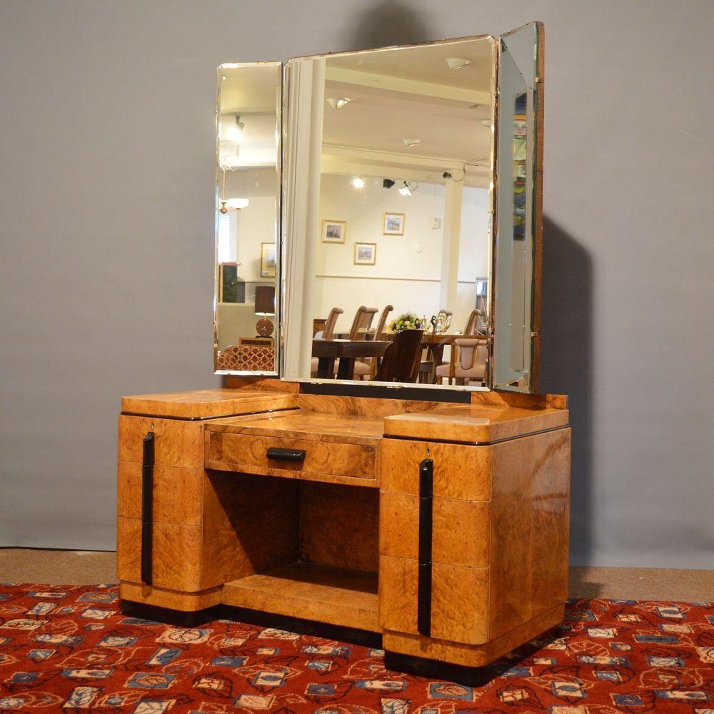 Art deco burr walnut dressing table for Walnut dressing table