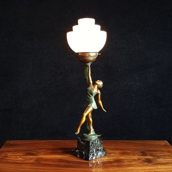 Good Art Deco figural table lamp on marble base
