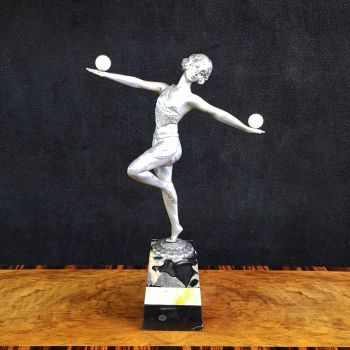 Art Deco figure 'ball girl'