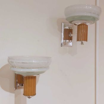 Good pair of Art Deco wall lights