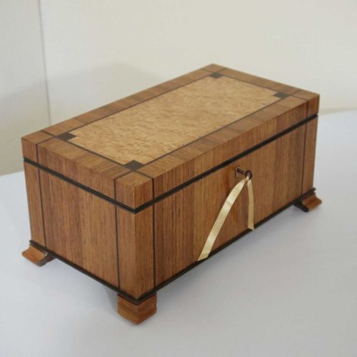 Fine Art Deco walnut & birds eye maple box.