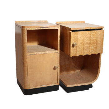 Art Deco pair of quilted maple bedside cabinets by Hille