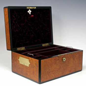 Antique amboyna jewellery box by Fuller & Levet.