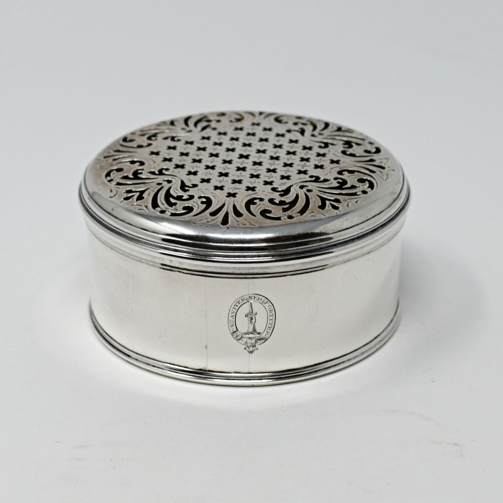 Fine Georgian sterling silver table box.