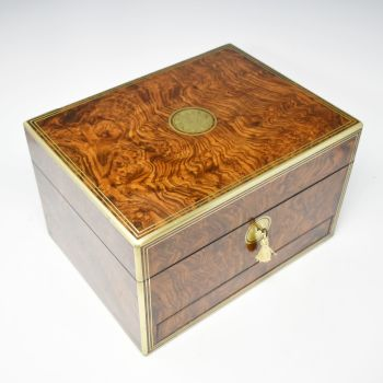 Fine antique figured walnut jewellery box by Parkins & Gotto
