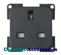 CBE MP22B/G UK 3 Pin Socket Includes Back Box