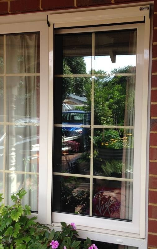 Retractable fly screens perth for Pull down fly screen for doors