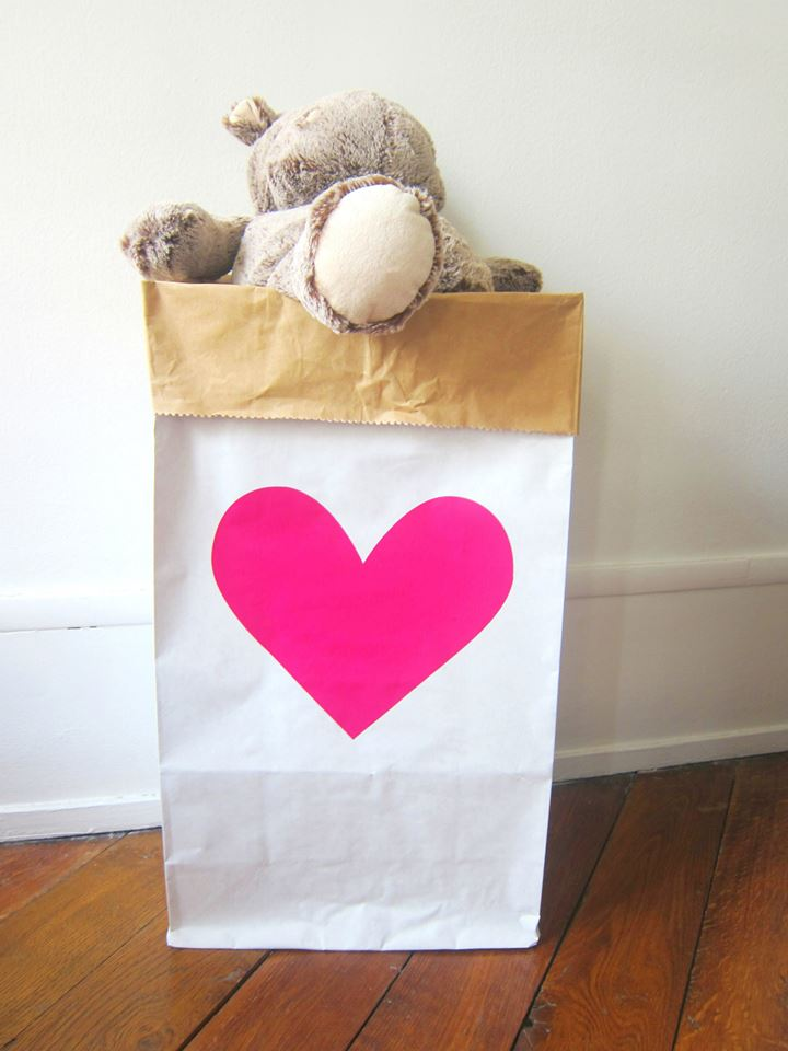 MONPETITZORÉOL - PINK HEART STORAGE BAG