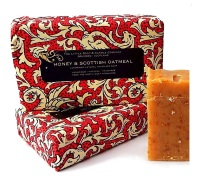HONEY & SCOTTISH OATMEAL - Handmade Soap
