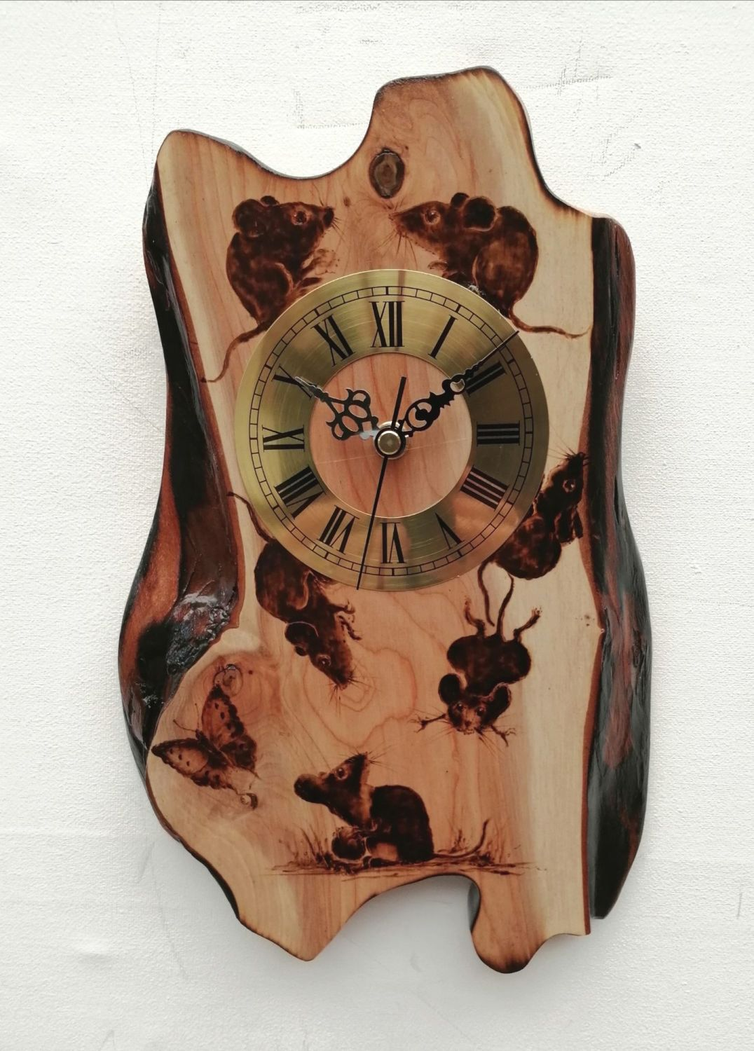 Mouse clock