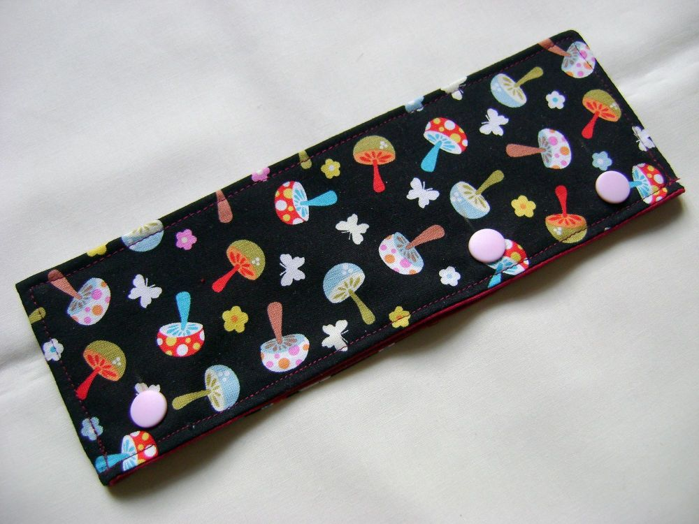 Funky Fungi Needle Cozy - fit 15cm and 20cm