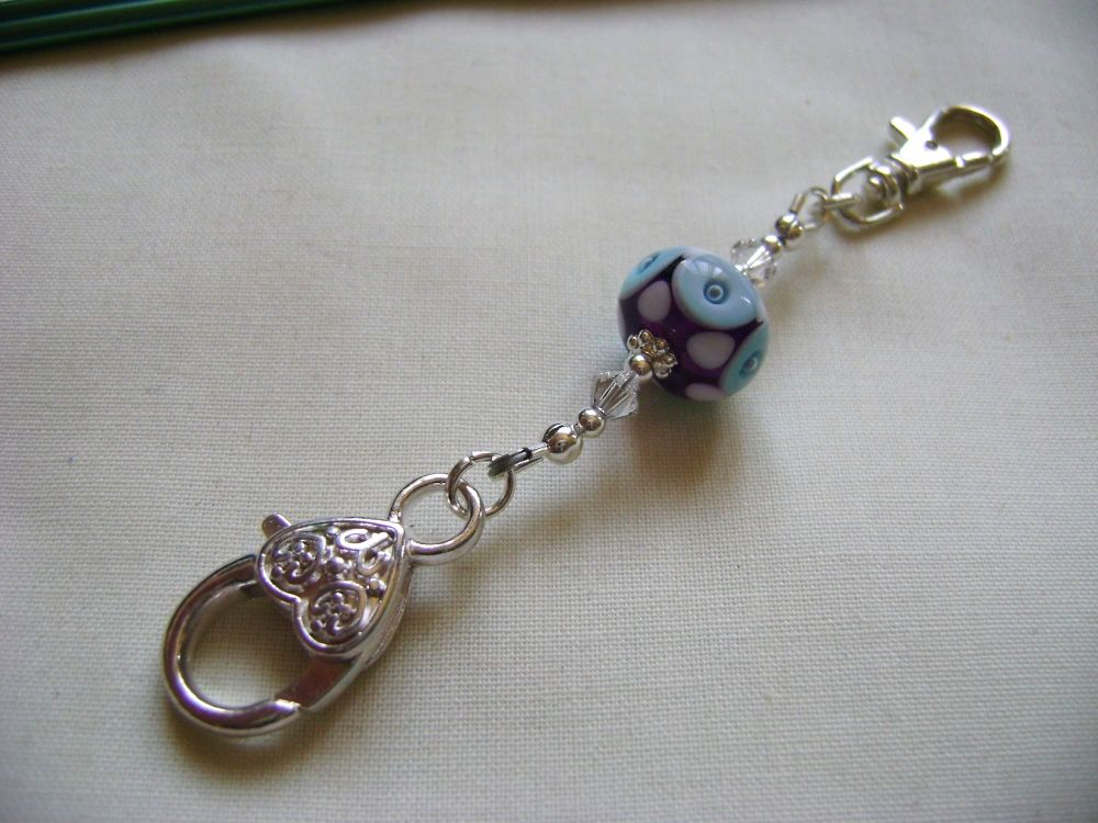<!-- 002 -->Blue Donut Ring Stitch Marker Holder