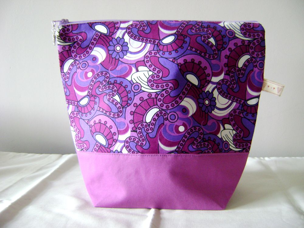 <!-- 004 --> Project Bags