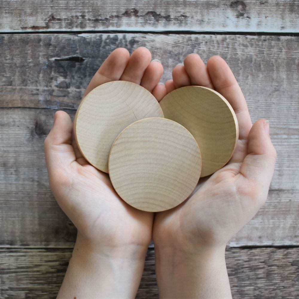 Ten 6cm wooden circles / discs